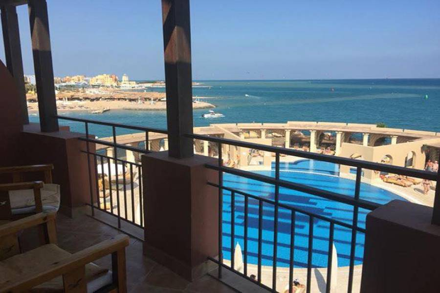 Sea View - Beach Front 1 Bedroom Apartment For Sale In El Gouna