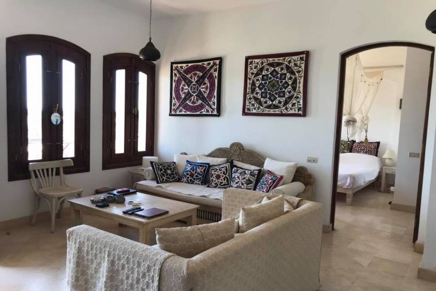 Lovely 2nd Floor Two Bedroom Apartment In West Golf For Sale In El Gouna