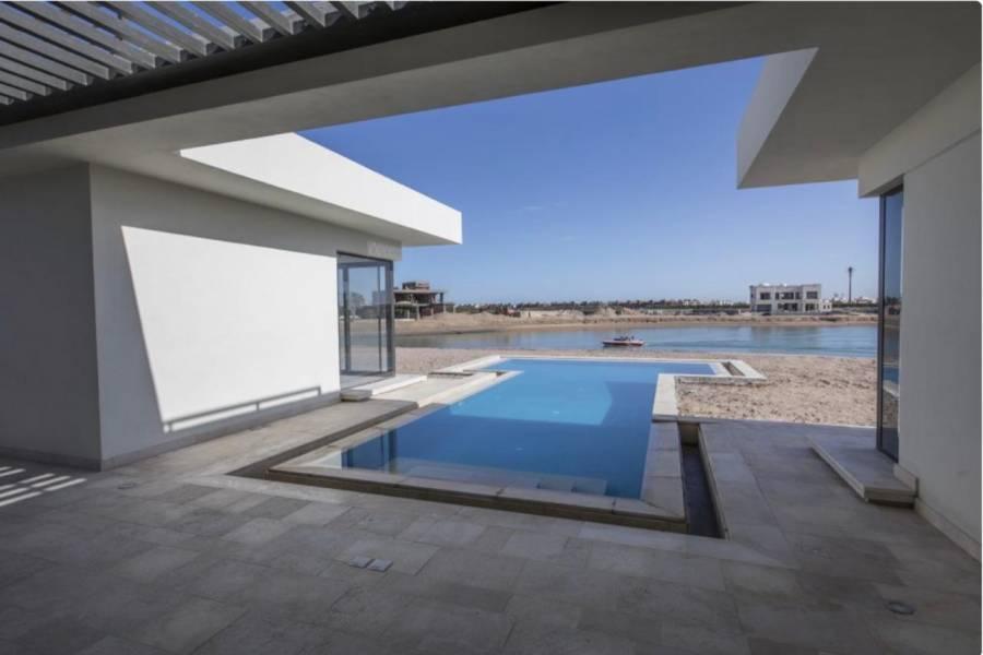 4 Bedrooms Resale In Fanadir Bay For Sale In El Gouna
