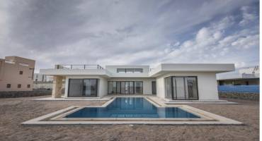 4 Bedrooms Resale In Fanadir Bay For Sale In El Gouna